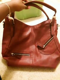 women's burgundy large leather shoulder bag Johns Island, 29455