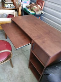 Have a really nice desk with storage and pull out  Daytona Beach, 32114