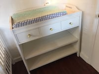 Pottery barn changing table  Franklin, 37064