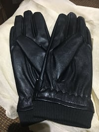 Winter leather gloves size large Markham, L3S 3Y9