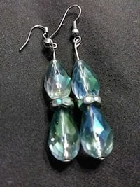 Dangling crystal earnings Warner Robins, 31088