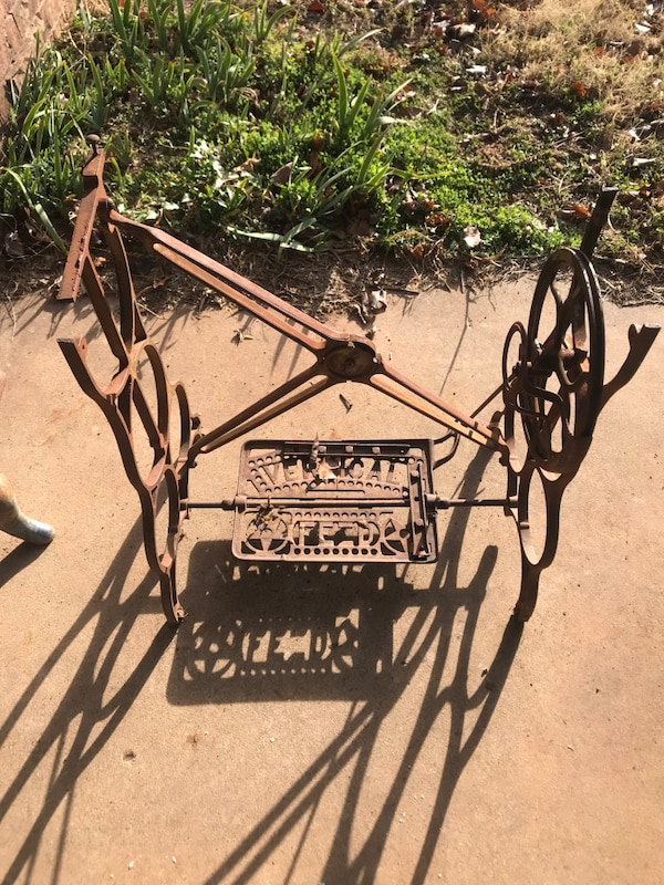 Used Cast Iron Sewing Machine Stand For Sale In Oklahoma