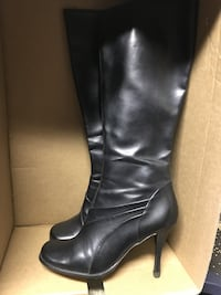 Boots sz 6 Excell Cond 776 km