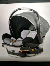 Chicco keyfit 30 with base  Whitby, L1M