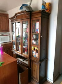 Wooden & glass hutch Albuquerque, 87105