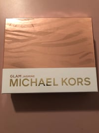 Michael Kors Gift Set (online product discontinued)