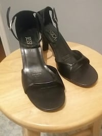 pair of black leather ankle strap open-toe heels Waterford, N0E 1Y0