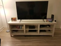 TV and TV stand McLean, 22102