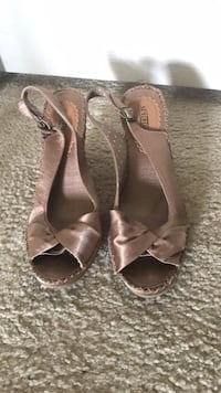 Seychelles Tan wedge heel shoe