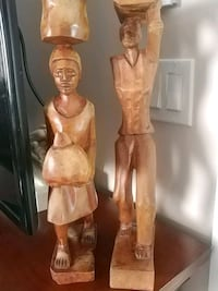 Set of 2 wood figurines, 18.6 inches Laval, H7G 1G2