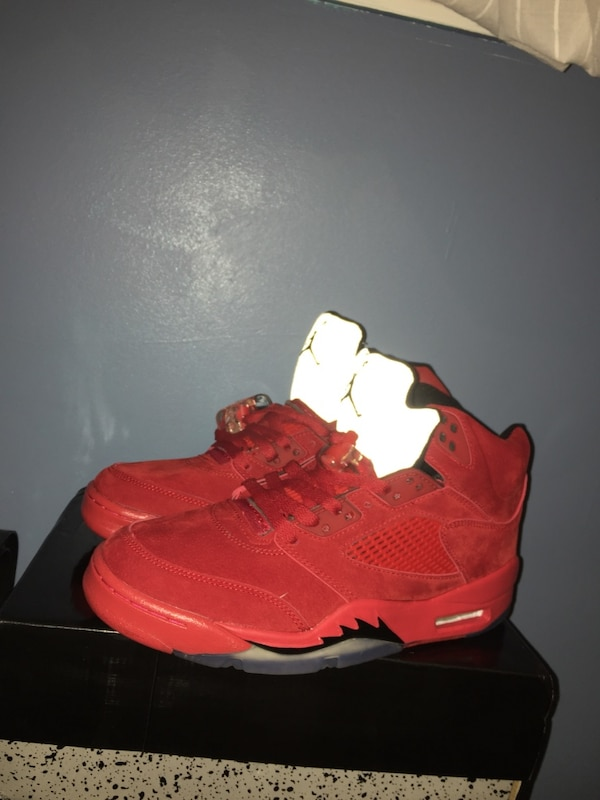 Brand new pair of Air Jordan 5's - size 9.5