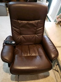 vibrating chair w/ remote and foot rest Emmett, 83617
