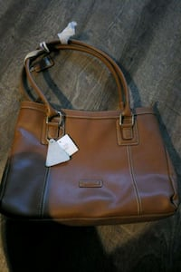 brown purse London, N5V 3Y4