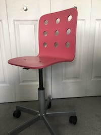 Pink Ikea swivel desk chair  Kitchener, N2A 4H6