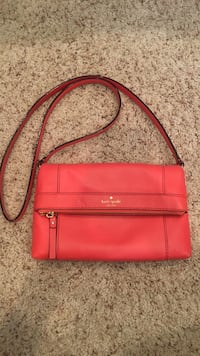 Orange kate spade cross body  Bakersfield, 93314
