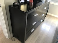 King dresser with mirror  Capitol Heights, 20743