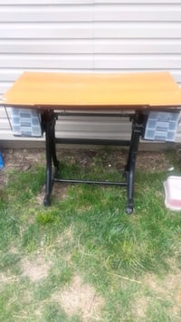 Pro craft station drafting table with 6 drawers