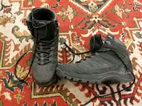 Man winter boots size 9 1/2
