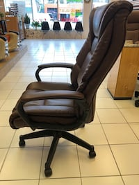 black leather office rolling armchair Mc Lean, 22101