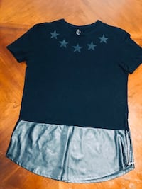 T-shirt with leather