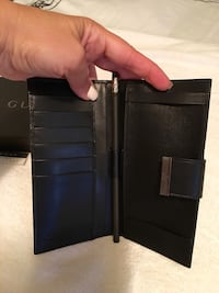 Gucci black leather bifold long wallet