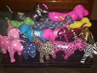 Lot of vs/pink dogs