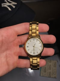 Round gold-colored analog watch with link bracelet Tyler, 75707