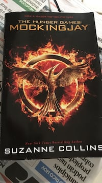 The hunger games mockingjar by Suzanne Collins book Bayamon, 00959