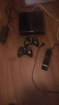 black Xbox 360 console with controllers Atlanta, 30349