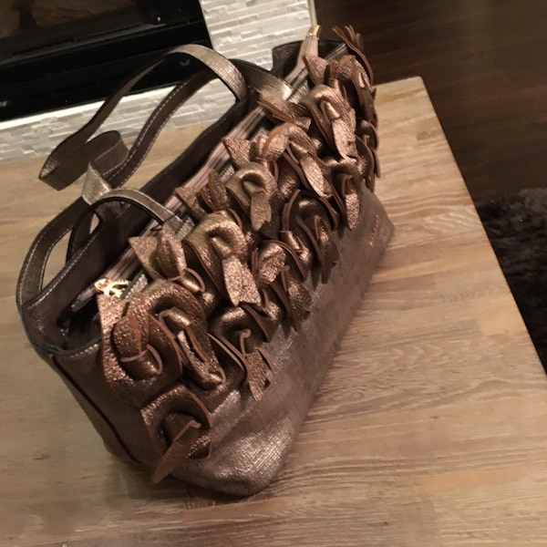 44dd87707d5f Used brown leather tote bag for sale in Victoria - letgo