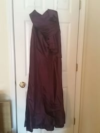 Sz 10 Formal Gown. Brand new. Columbia, 29209