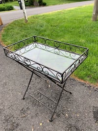 Black iron framed glass top side table Vienna, 22181
