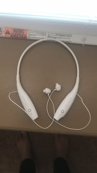 white and gray corded headphones Chicago, 60637