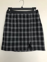 2 skirts from dynamite size small Toronto, M6S 5B6
