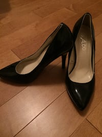Black a.co heels size 6