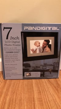 black 7'' LCD Digital photo frame box Clarkson Valley, 63017