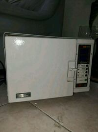 white and gray microwave oven Miami, 33185