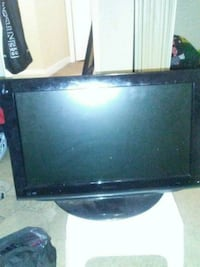 Toshiba tv built in DVD player Edmonton, T6C 4A5