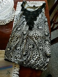 black and white floral skirt Gainesville, 32606