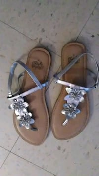 Women's sandals (silver), size 9 Knoxville