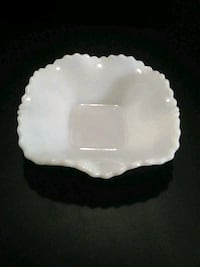 Vintage Milk Glass Candy dish Calgary, T2A 1L3