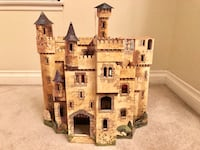 Castle, Enchanted Castle Pop Up Book Like New! 2264 mi