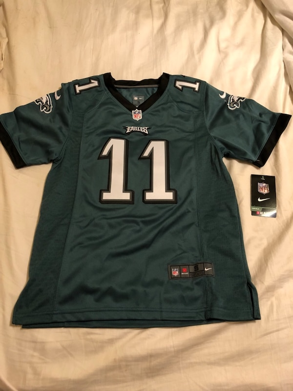 detailed look 868a4 a2bb8 Carson wentz eagles jersey youth small (8)
