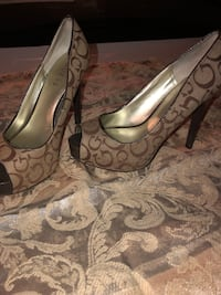 Guess shoes 7  Anaheim, 92806