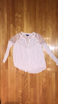 American Eagle Outfitters women's white dress shirt