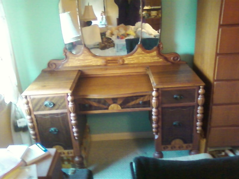 Used 1930 S Antique Neo Deco Vanity With Mirror For Sale In Sewell