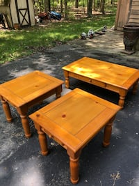 Coffee/end tables.. Egg Harbor Township, 08234
