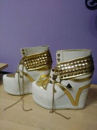 PRIVILEGED shoes. 8(US) size New York, 10044