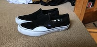 black-and-white Puma low top sneakers Halethorpe, 21227
