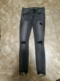 American eagle Jean's size 4 Quinte West